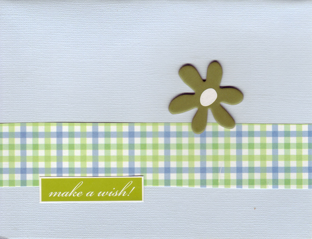 035 - 'Make a wish!' with flower on blue card