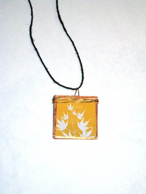 027 A - (SOLD) Maple outline in gold
