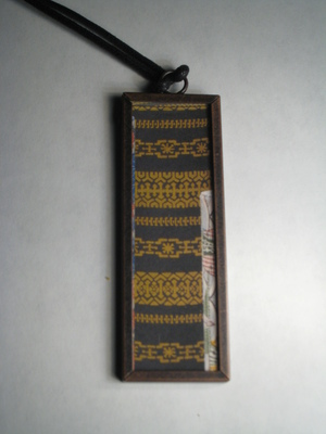 (SOLD)50 A - Exotic gold and black pattern