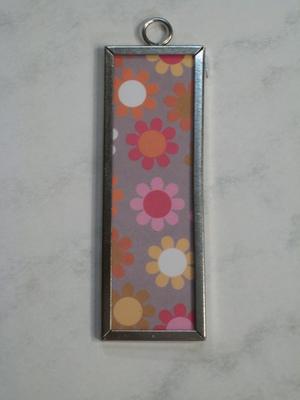 005 A - Retro flowers