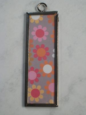 013 B - Funky flowers