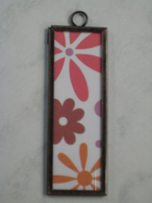 (SOLD) 020 B - Retro flowers (large)